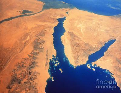 Aqaba Photograph - Shuttle Image Of Red Sea & Sinai by NASA / Science Source