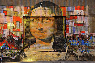 Photograph - Sidewalk Mona Lisa by Harry Spitz