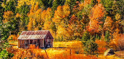 Rustic Barn Painting - Sierra Nevada Aspen Fall Colors With Rustic Barn by Scott McGuire