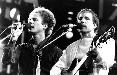 Simon And Garfunkel 1982 Art Print by Chris Walter