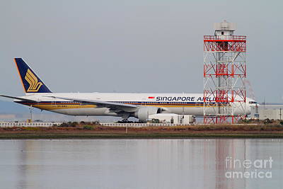 Singapore Airlines Jet Airplane At San Francisco International Airport Sfo . 7d12140 Art Print
