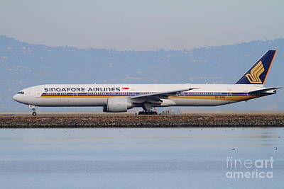 San Francisco International Airport Photograph - Singapore Airlines Jet Airplane At San Francisco International Airport Sfo . 7d12163 by Wingsdomain Art and Photography