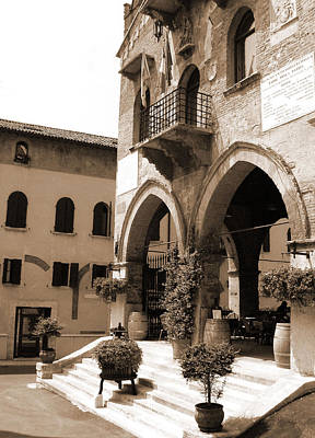 Photograph - Soave Enoteca by Donna Corless