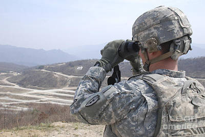 Soldier Observes An Adjust Fire Mission Print by Stocktrek Images