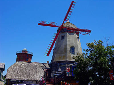 Photograph - Solvang Windmill by Helen Haw