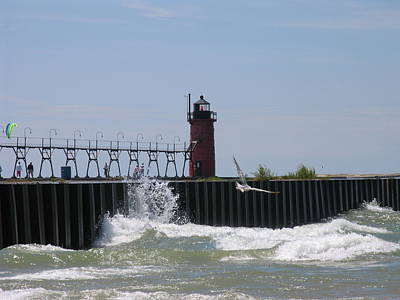 South Haven Lighthouse Art Print by Matthew Winn