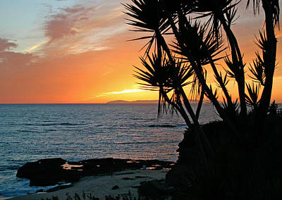 Photograph - South Laguna Sunset by Cliff Wassmann