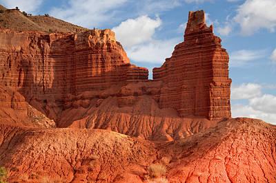 Moenkopi Sandstone Photograph - Southwest Desert Scene by Utah Images