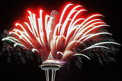 Photograph - Space Needle Fireworks by Benjamin Yeager