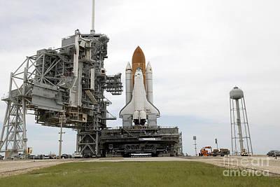 Space Shuttle Atlantis Comes To A Stop Art Print