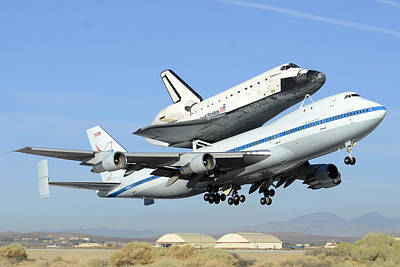 Space Shuttle Endeavour Taking Off From Edwards Afb Front September 21 2012 Art Print by Brian Lockett