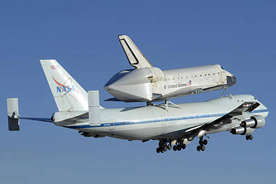 Space Shuttle Endeavour Taking Off From Edwards Afb September 21 2012 Art Print by Brian Lockett