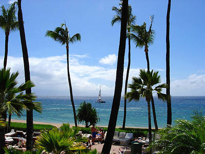 Photograph - Sparkling Sea At Kaanapali Maui by Connie Fox