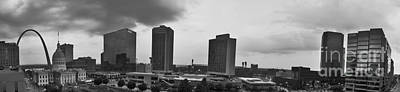 St Louis Downtown Panorama In Black And White Art Print