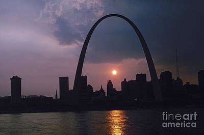 Photograph - St. Louis: Skyline by Granger