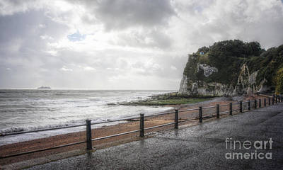 St Margaret Photograph - St Margarets Bay by Lee-Anne Rafferty-Evans