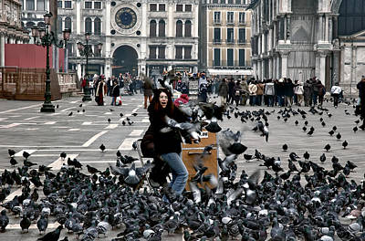 Photograph - St Mark's Square. Pigeon Attack. Venice by Juan Carlos Ferro Duque