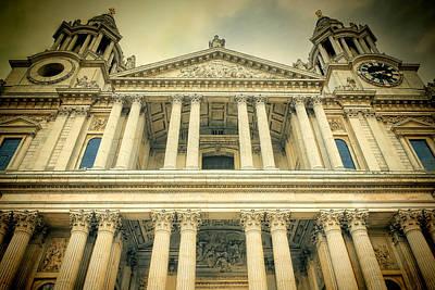 Wren Photograph - St Pauls Standing by Joan Carroll