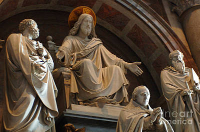 Photograph - St Peters Statuary by Bob Christopher