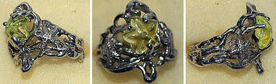 Vaseline Glass Jewelry - Star Fish Ring by Michelle  Robison