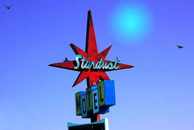 Photograph - Stardust Motel Retro Sign by Kathleen Grace