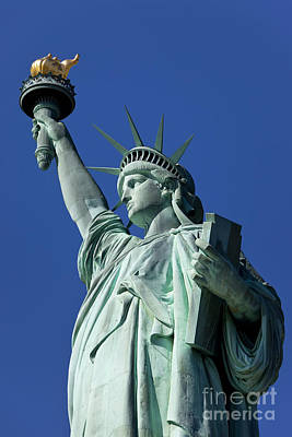 Photograph - Statue Of Liberty by Brian Jannsen