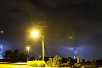 Unusual Lightning Photograph - Stop by James BO  Insogna