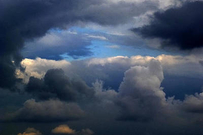 Storm Brewing Art Print by Frank Blakely