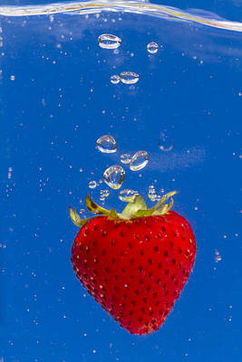 Strawberry Soda Dunk 6 Print by John Brueske