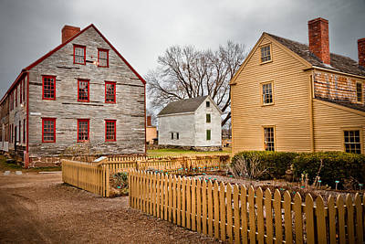 Photograph - Strawbery Banke Houses by Robert Clifford
