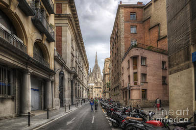 Photograph - Street To Catedral De Barcelona by Yhun Suarez