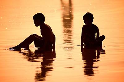 Photograph - Sundown By The Bay Of Bengal II by Valerie Rosen