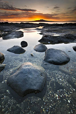 New Zealand Photograph - Sunrise At Seaside by Ng Hock How
