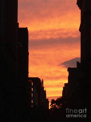 Sunset In Nyc Art Print