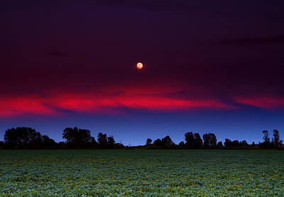 Purple. Stars Photograph - Sunset Moon by Cale Best
