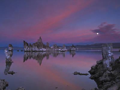 Photograph - Sunset Moonrise Mono Lake by Joe  Palermo