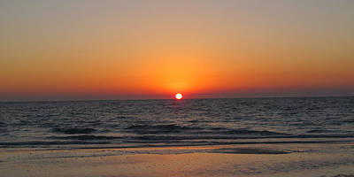Photograph - Sunset On Longboat Key by Loretta Luglio