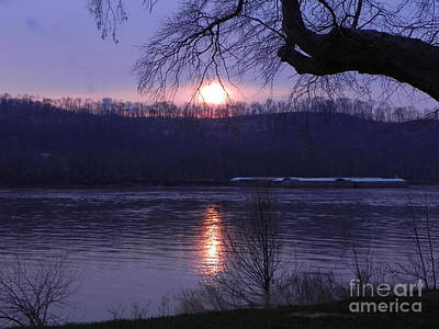 Sandy Owens Photograph - Sunset On The Ohio River by Sandy Owens