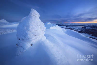 Sunset In Norway Photograph - Sunset On The Summit Toviktinden by Arild Heitmann
