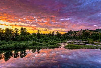 Sunset On Umpqua River Art Print