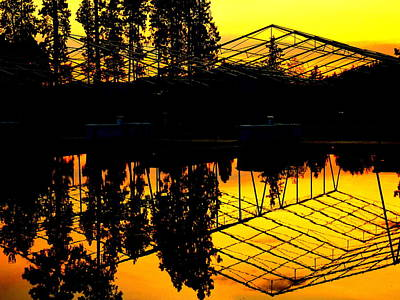 Sunset Over Lake Coeur D Alene Docks Art Print by Cindy Wright