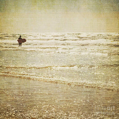 Surf The Sea And Sparkle Art Print by Lyn Randle