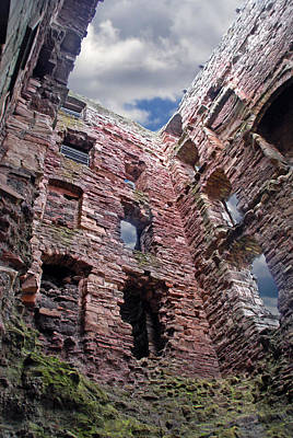 Art Print featuring the photograph Tantallon Castle by Rod Jones