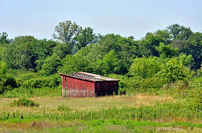 Photograph - Tennessee Barn 7 by Teresa Blanton