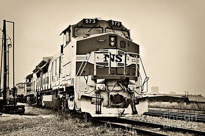 Photograph - Tennessee Central Railway Museum Train - 573 by Cheryl Davis
