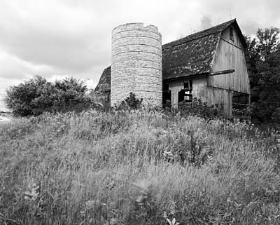 Tessman Barn Wauckesha Original by Jan W Faul