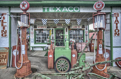 Old Texaco Gas Station Photograph - Texaco Filling Station by Jim Pearson