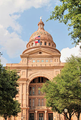 Goddess Of Liberty Photograph - Texas State Capitol Building Front Entrance by Sarah Broadmeadow-Thomas