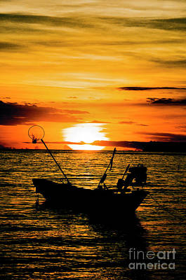 Thai Sunset Art Print by Inhar Mutiozabal