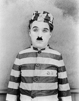The Adventurer, Charlie Chaplin, 1917 Print by Everett